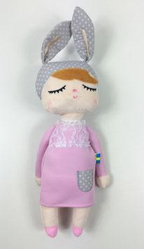 Poupée lapin rose clair by Miniroom