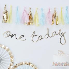 """Guirlande décorative dorée écriture """"One today"""""""