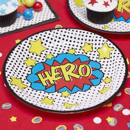 8 assiettes en carton super héros à pois
