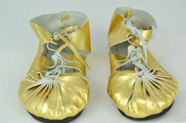 chaussures femme cuir lacées or brillant