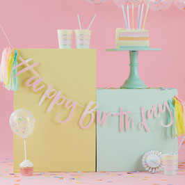 "Guirlande ""Happy Birthday "" irisée avec tassel pastel"