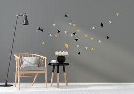 Stickers muraux triangles noirs argent et or Pom le bonhomme
