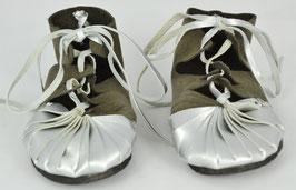 chaussures fille cuir lacées bicolore gris /argent brillant