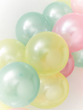 15 ballons nacrés pastels verts, jaunes, roses