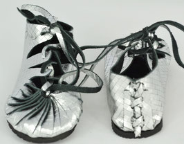 "chaussures fille cuir lacées ""cyber argent """
