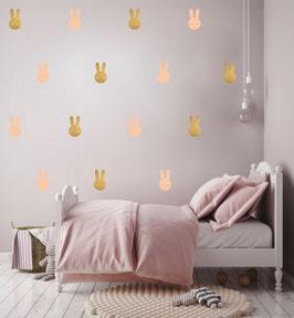 Stickers muraux lapins rose poudré et dorés Pom le bonhomme