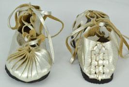 chaussures cuir lacées or metallique