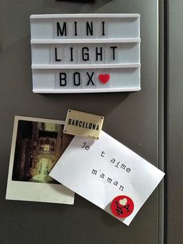 Mini light box format A6 magnétique cadre noir