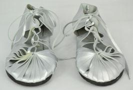 chaussures femme cuir lacées argent