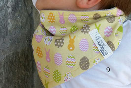 Cache cou snood enfant forme triangle,motif lapins ,jaune