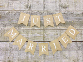 "Guirlande en toile de jute "" JUST MARRIED"""