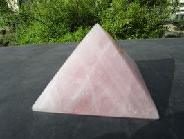 Rozenkwarts piramide