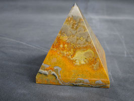 Bumblebee jaspis / Eclipse stone piramide