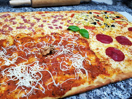 Family Pizza  (60 x 40)