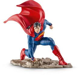 Superman kniend
