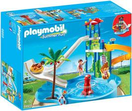 Aquapark mit Rutschentower