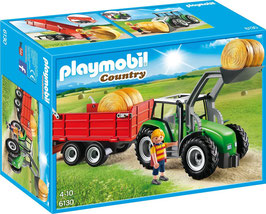Großer Traktor mit Anhänger