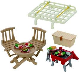 Dachgepäckträger mit Picknick-Set