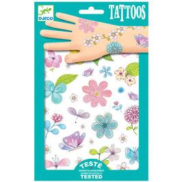 Tattoos - Blumen auf dem Feld