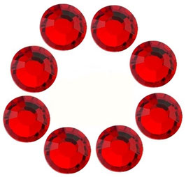 16 CRYSTALS LIGHT RED WITH  SWAROVSKI ELEMENTS (4mm)