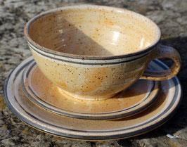 Caffee Link Set - 1131 schwarz weißer Rand -  ∅ 300 ml, Unterteller 8,00 €, Teller 15,00 €