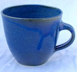 Becher Manu mittel  - Blau-  . ∅ 13,3cm, H.9 cm. 350 ml
