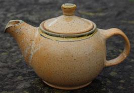 Teekanne WMSB,  - Grün-gelber Rand -. 0,6 Liter.