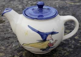 Teekanne, blauer Rand - kleine Hexe -. 0,75 Liter. Siehe links. 2. Seite