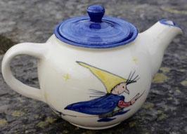 Teekanne, blauer Rand - kleine Hexe -. 0,75 Liter. Beidseitig bemalt