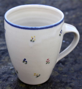 Becher Manu - blaue Blumen -  ∅ 9,5cm,  H. 11cm, 350 ml