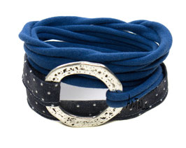 Endlosarmband mit gehämmertem Ring