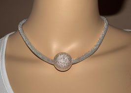 silberfarbiger Metallschlauch mit großer Perle 44 cm