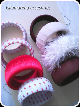 Pulseras textiles