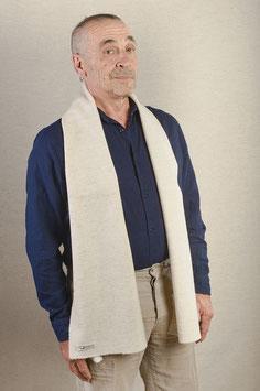 Schal aus feiner Merinowolle