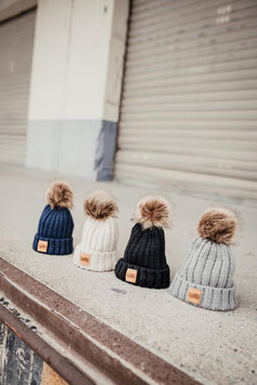 Kids Strick-Beanie Fake Fur Bommel