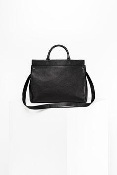 shopper # ID4_17, black