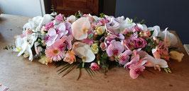 Rouwarrangement met orchideen, rozen, gerbera's en eustoma