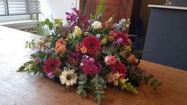 kleurrijk arrangement diameter 80 cm.