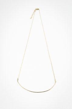 40 Collier ligne 60cm gold filled avec demi lune martelée lisse