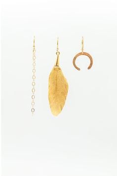 Boucles d'oreille petit trio chainette plume plaquée or 24K et rond gold filled 4,5cm