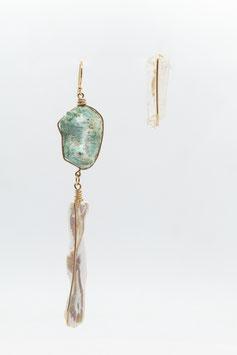 Boucles d'oreille visage de Turquoise, corps de perle et miroir de crystal gold filled 8cm