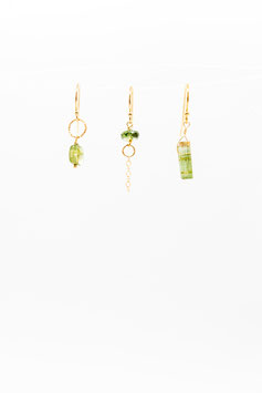Gold filled 1,5cm earring trio green tourmaline with pink inclusions