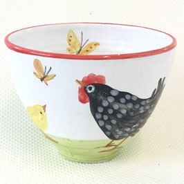 Petit bol poule. Small bowl with a chicken.