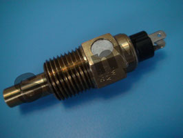 3702--00025 Temperature Sensor Ref:VDO 323-803-001-025D