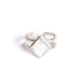 rainbow moonstone ring silver