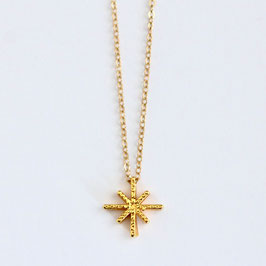 Fine Star Necklace Gold