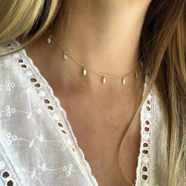 white teardrops choker gold