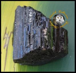 Programmierter Turmalin Rohstein 117 g