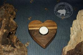 Holz Herz Kerzenständer aus Nussbaumholz /4