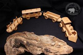 Holzspielzeug Eisenbahn mit drei Wagen